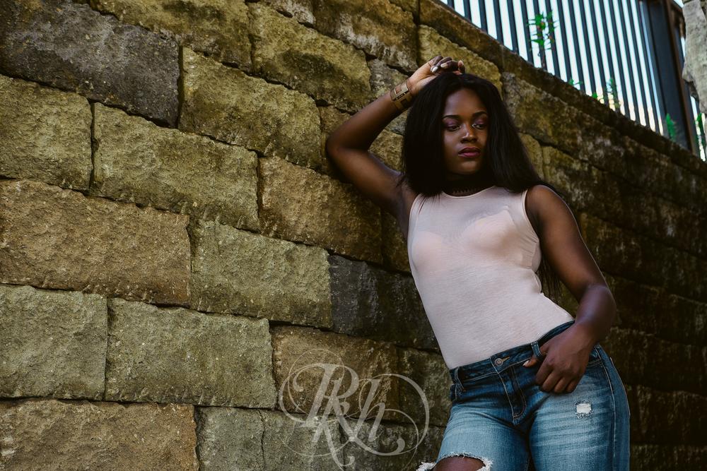 Madie - Portraits - RKH Images -35.jpg