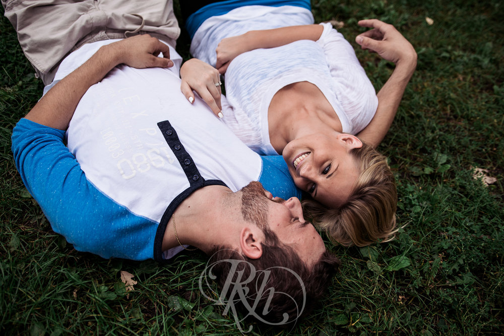 Katie & Jeff - Minnesota Engagement Photography - RKH Images -11.jpg