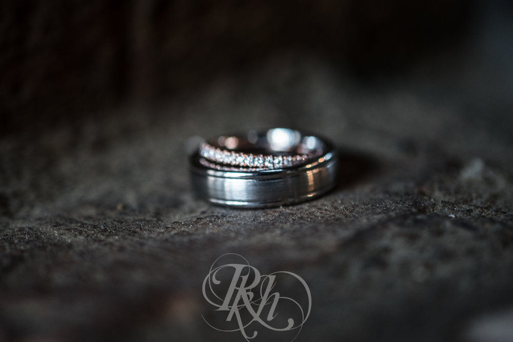 Brittany & Justin - Minnesota Wedding Photographer - Mill City Museum - RKH Images -7.jpg