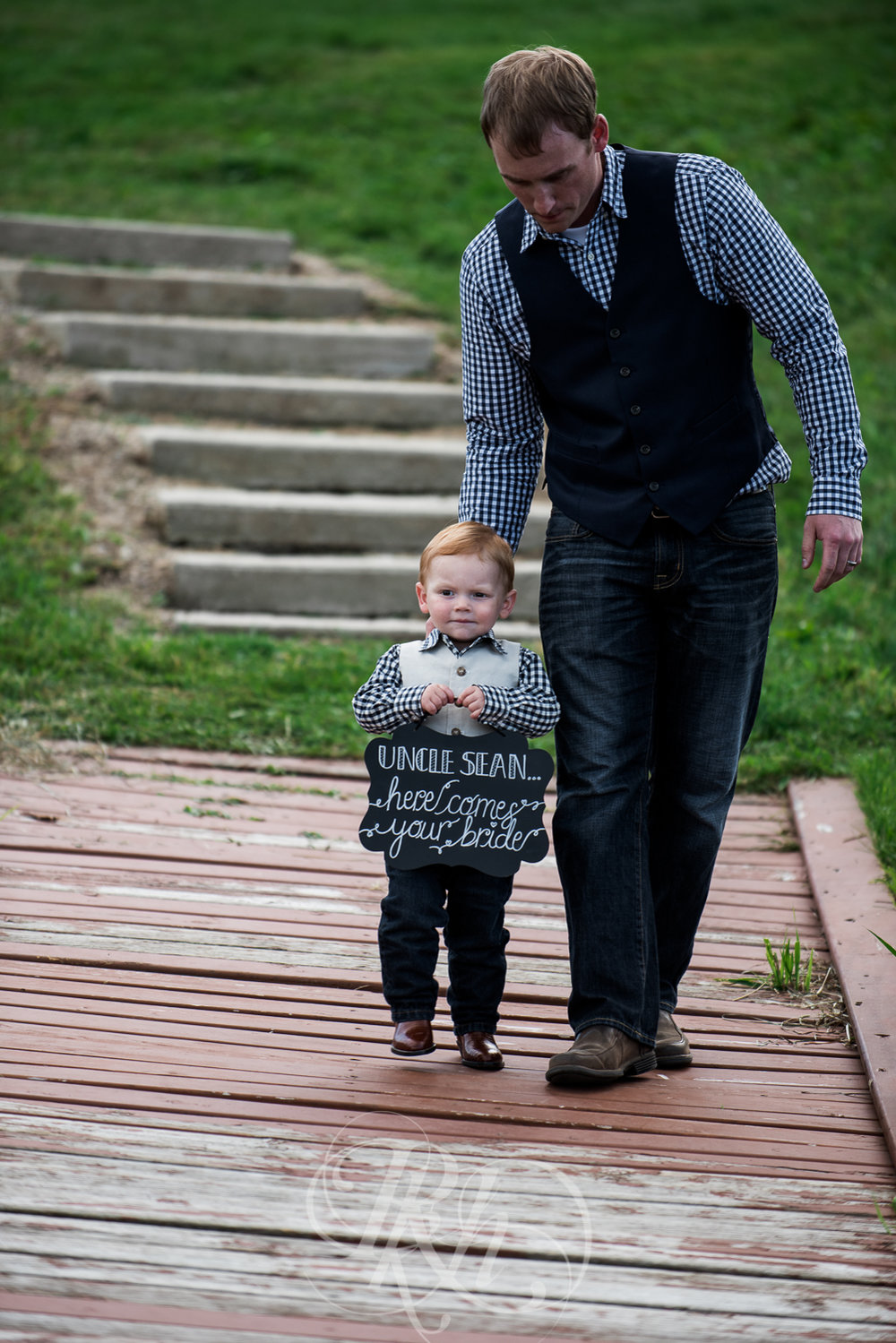 Abby & Sean - Minnesota Wedding Photographer - Barn at Crocker's Creek - RKH Images - Blog -24.jpg