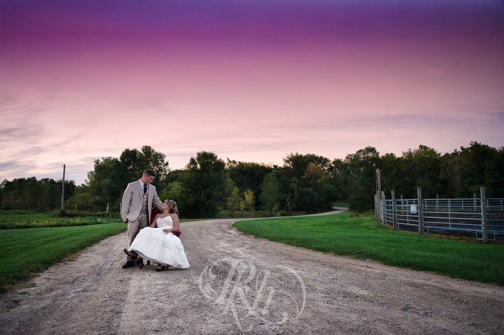 Abby & Sean - Minnesota Wedding Photographer - Barn at Crocker's Creek - RKH Images - Blog -30.jpg