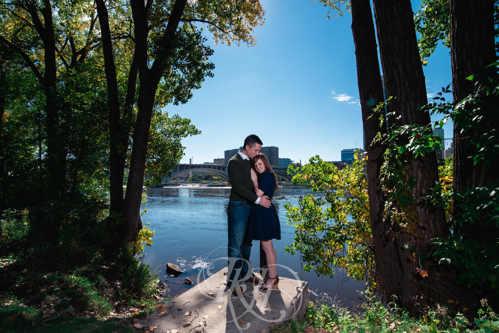 Bobbi & Graham - Minnesota Engagement Photography - RKH Images -9.jpg