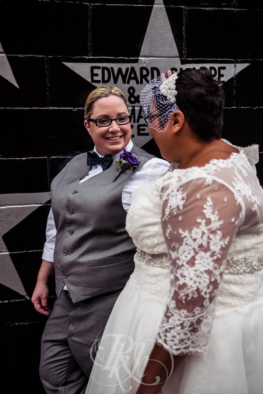 Beth & Clarissa - Minnesota LGBT Wedding Photography - RKH Images - Blog -15.jpg