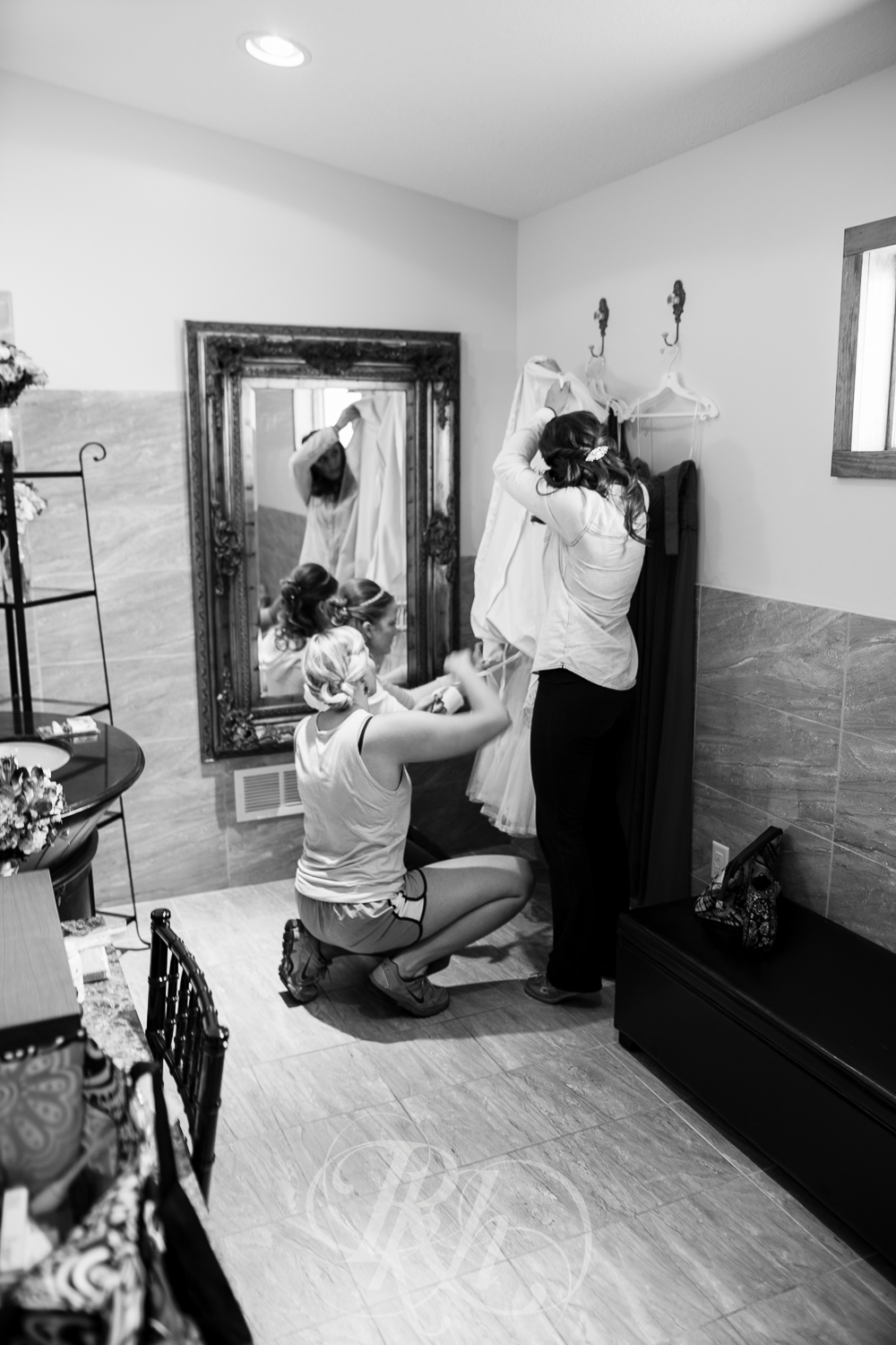 Katie & Garrett - Minnesota Wedding Photography - RKH Images - Blog -14.jpg