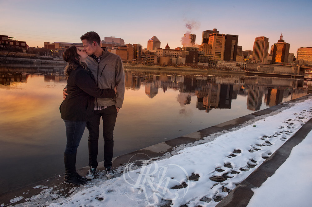 Maddie & Mike - Minnesota Engagement Photography - RKH Images - Blog -6.jpg