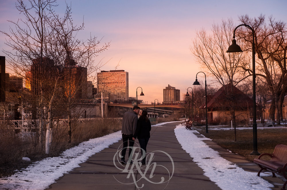 Maddie & Mike - Minnesota Engagement Photography - RKH Images - Blog -5.jpg
