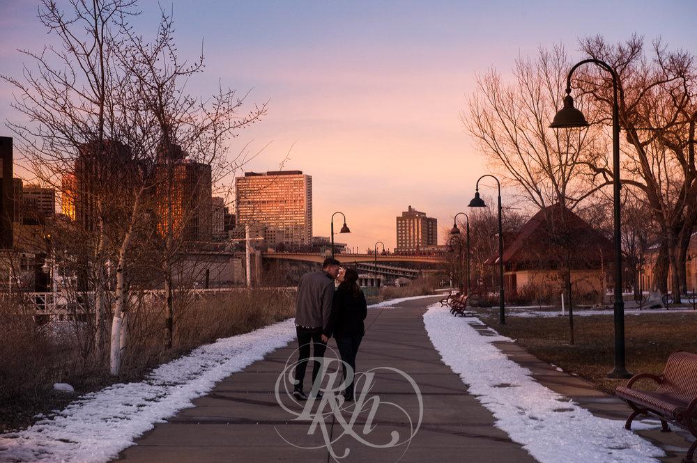 Maddie & Mike - Minnesota Engagement Photography - RKH Images - Blog -5.jpg