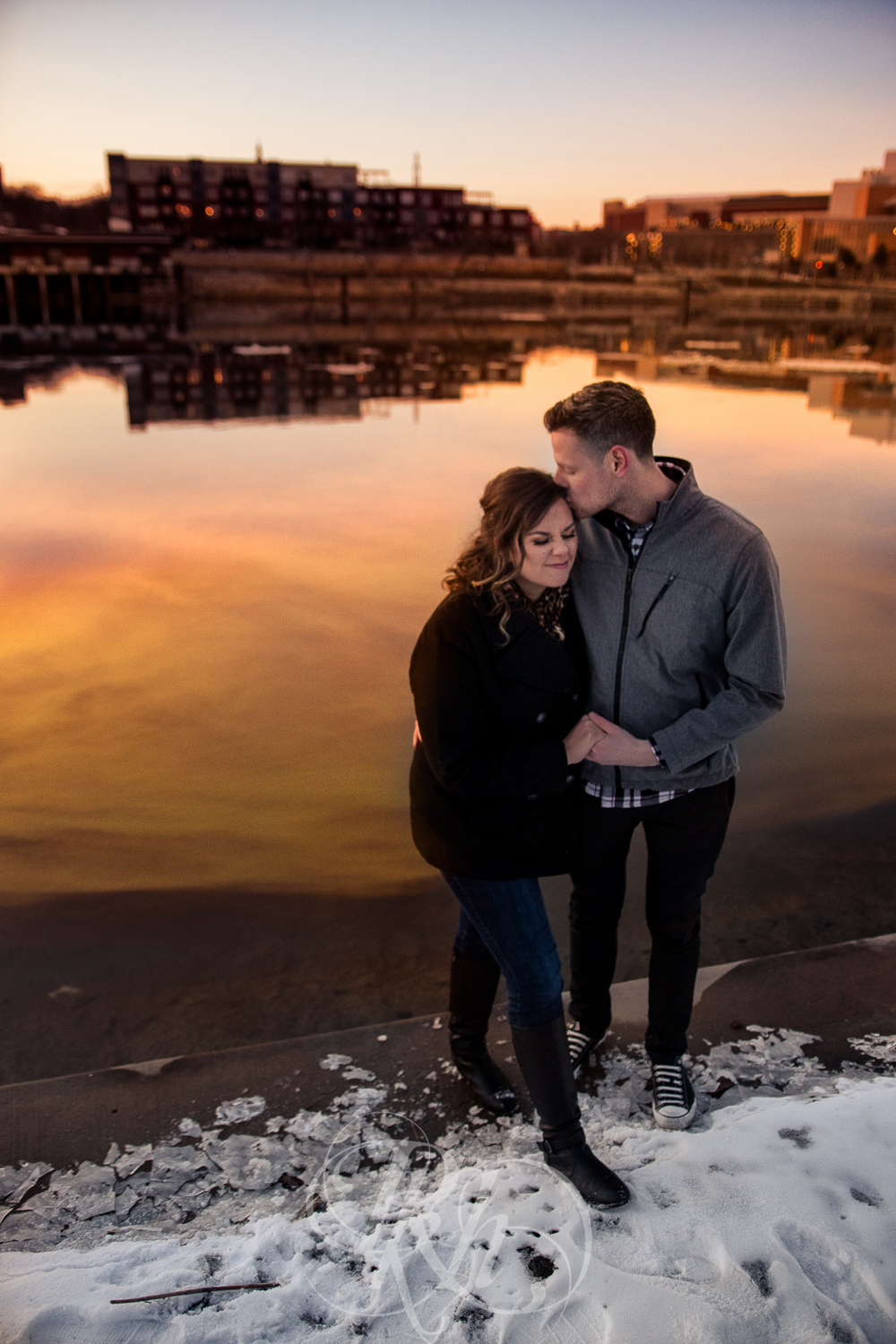Maddie & Mike - Minnesota Engagement Photography - RKH Images - Blog -7.jpg