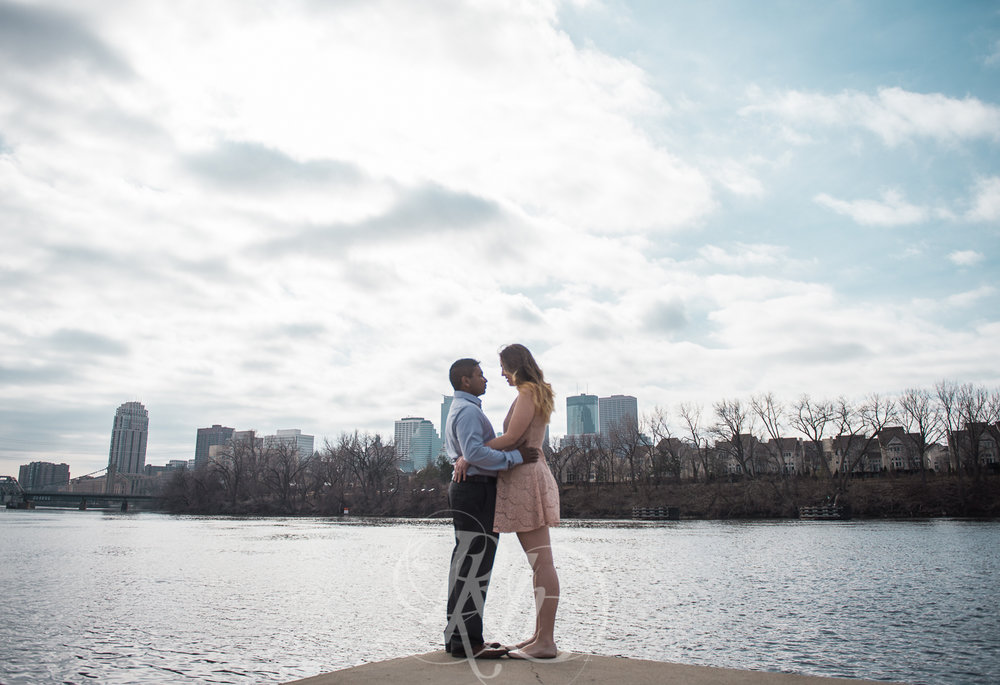 Megan & Gavin - Minnesota Engagement Photography - Boom Island Park - RKH Images -3.jpg
