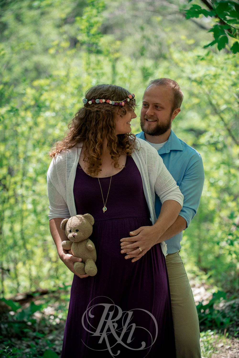 Hailey & Grant - Minnesota Maternity Photography  - RKH Images -9.jpg