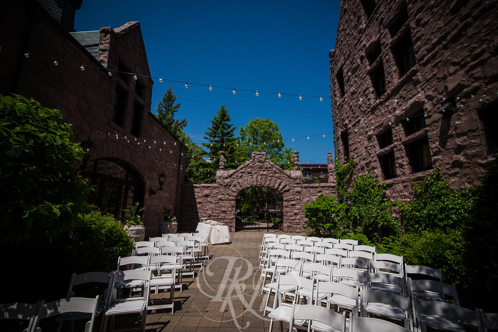 Megan & Gavin - Minnesota Wedding Photography - Van Dusen Mansion - RKH Ikmages -8.jpg