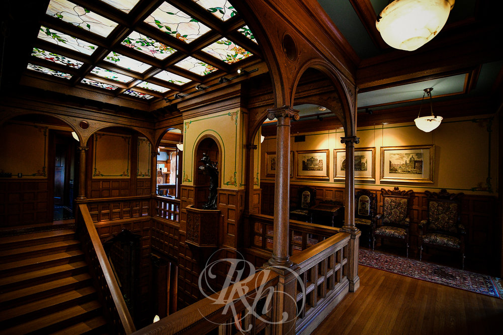 Megan & Gavin - Minnesota Wedding Photography - Van Dusen Mansion - RKH Ikmages -10.jpg
