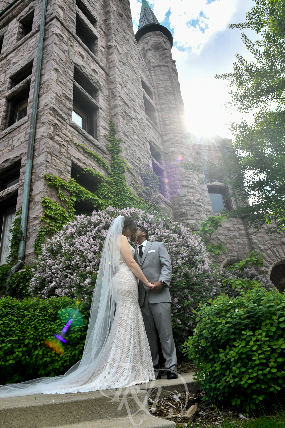 Megan & Gavin - Minnesota Wedding Photography - Van Dusen Mansion - RKH Ikmages -30.jpg