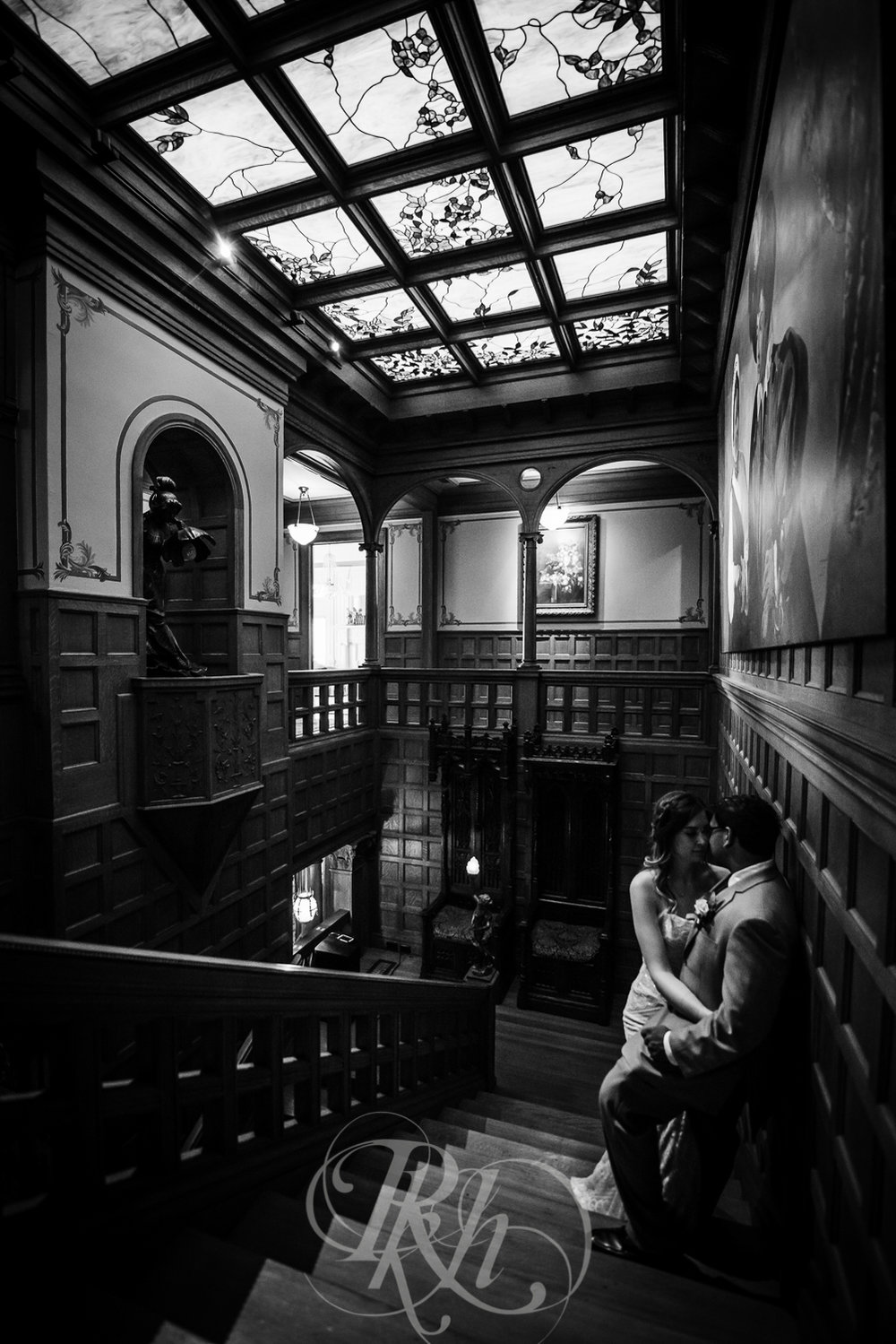 Megan & Gavin - Minnesota Wedding Photography - Van Dusen Mansion - RKH Ikmages -32.jpg