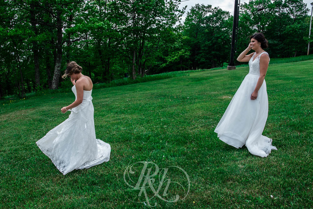 Britni & Paige - LGBT Minnesota Wedding Photography - Spirit Mountain - RKH Images  (15 of 32).jpg