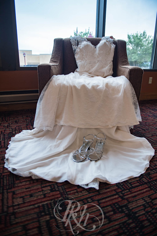 Jackie & Jan - Mankato Wedding Photography - Hubbard House - RKH Images - Blog  (2 of 22).jpg