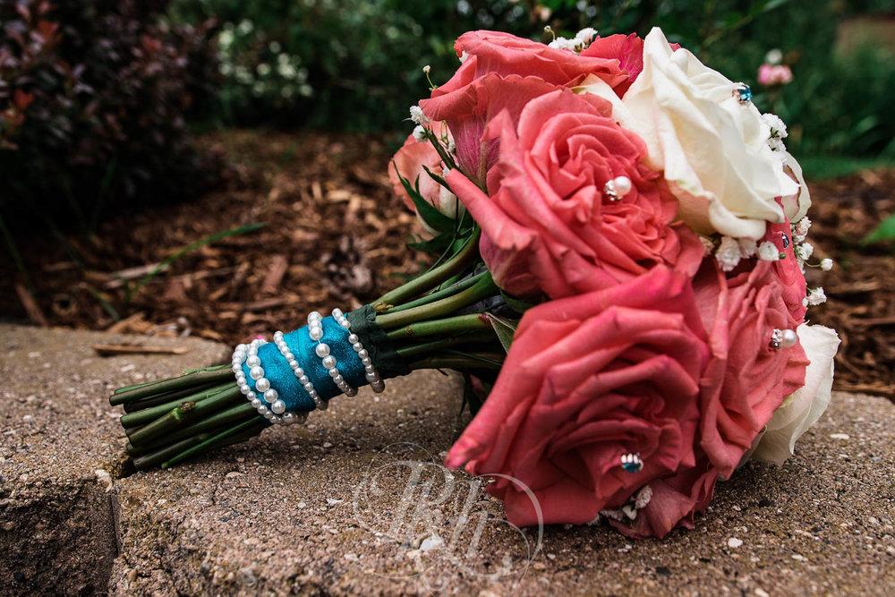 Jackie & Jan - Mankato Wedding Photography - Hubbard House - RKH Images - Blog  (5 of 22).jpg
