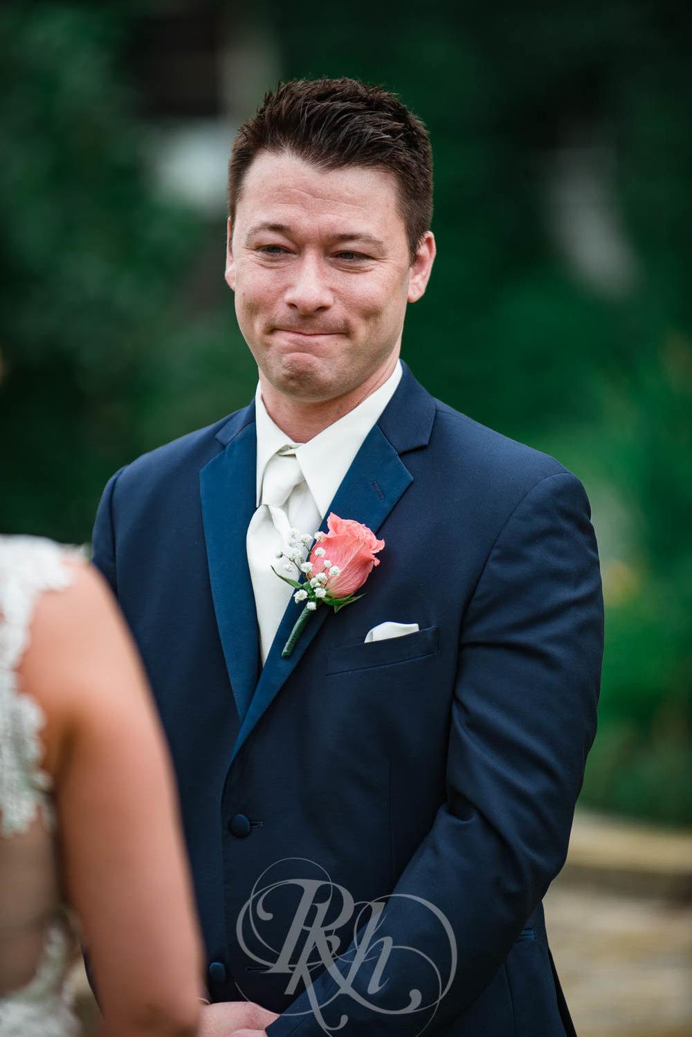 Jackie & Jan - Mankato Wedding Photography - Hubbard House - RKH Images - Blog  (8 of 22).jpg