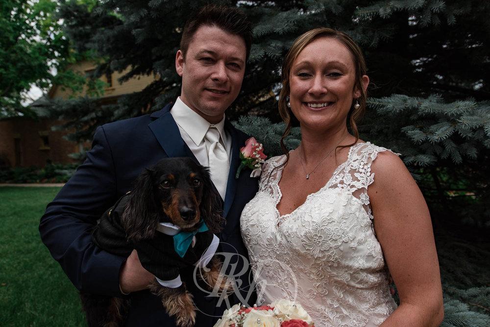 Jackie & Jan - Mankato Wedding Photography - Hubbard House - RKH Images - Blog  (11 of 22).jpg