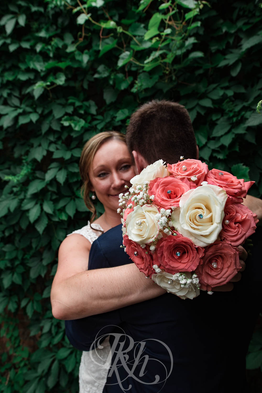 Jackie & Jan - Mankato Wedding Photography - Hubbard House - RKH Images - Blog  (21 of 22).jpg