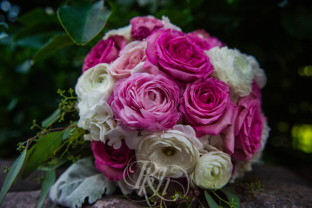 Megan & Jeff - Minnesota Wedding Photographer - Van Dusen Mansion - RKH Images - Blog  (8 of 37).jpg