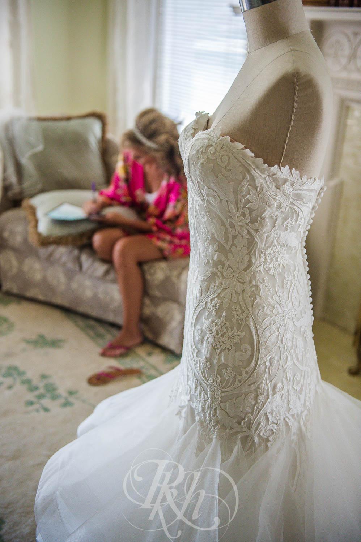 Megan & Jeff - Minnesota Wedding Photographer - Van Dusen Mansion - RKH Images - Blog  (9 of 37).jpg