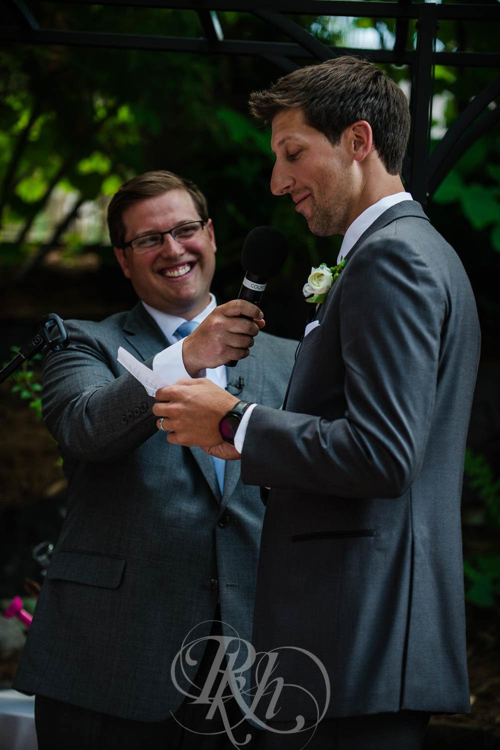 Megan & Jeff - Minnesota Wedding Photographer - Van Dusen Mansion - RKH Images - Blog  (17 of 37).jpg