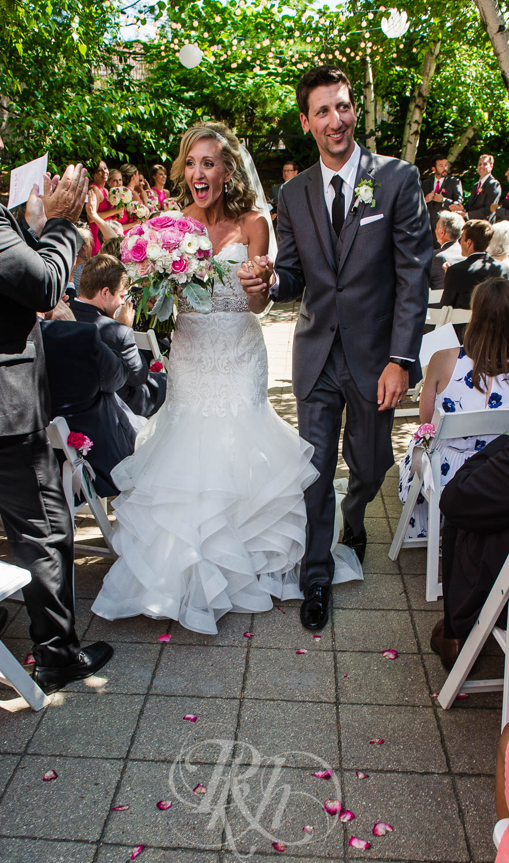 Megan & Jeff - Minnesota Wedding Photographer - Van Dusen Mansion - RKH Images - Blog  (20 of 37).jpg