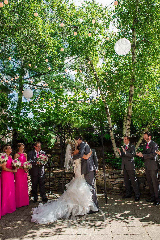 Megan & Jeff - Minnesota Wedding Photographer - Van Dusen Mansion - RKH Images - Blog  (19 of 37).jpg