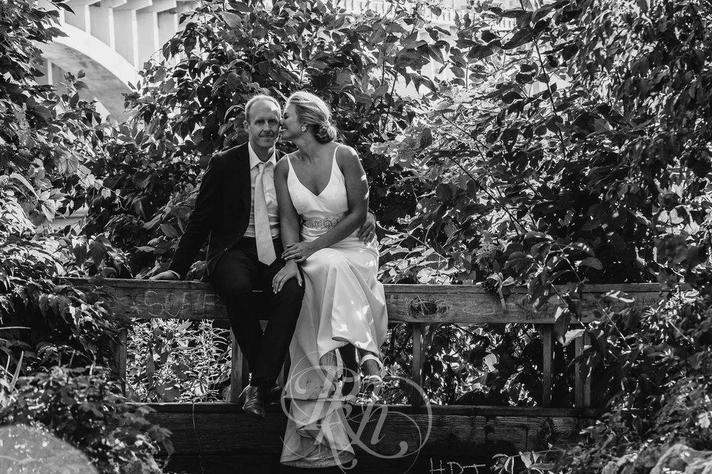 Becky & Jeff - Minneapolis Wedding Photography - Minneapolis Event Center - RKH Images - Blog  (30 of 40).jpg