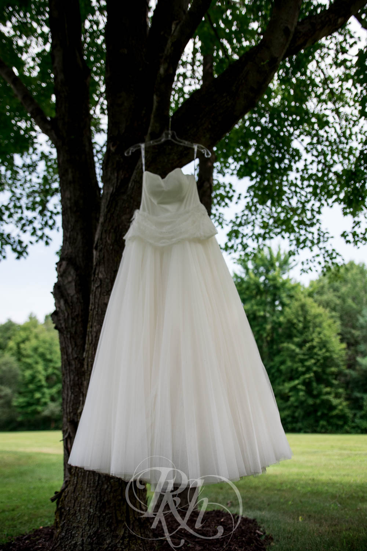 Bobbi & Graham - Wisconsin Wedding Photography - RKH Images - Blog  (2 of 43).jpg