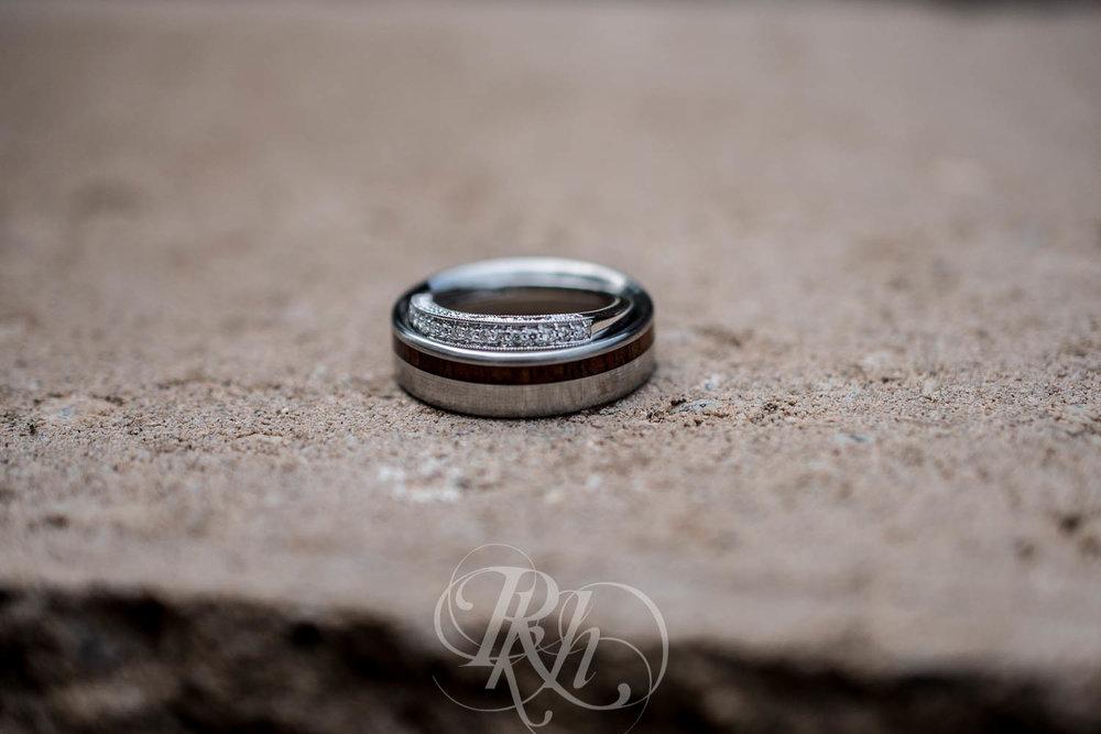 Bobbi & Graham - Wisconsin Wedding Photography - RKH Images - Blog  (3 of 43).jpg