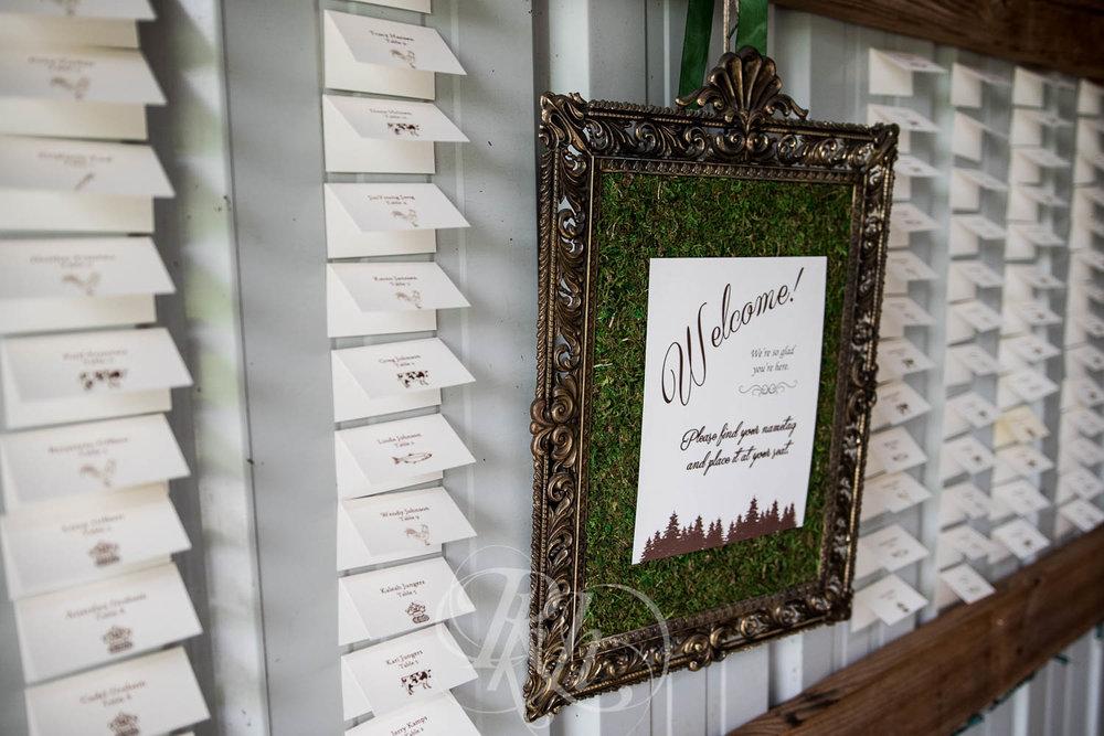 Bobbi & Graham - Wisconsin Wedding Photography - RKH Images - Blog  (10 of 43).jpg