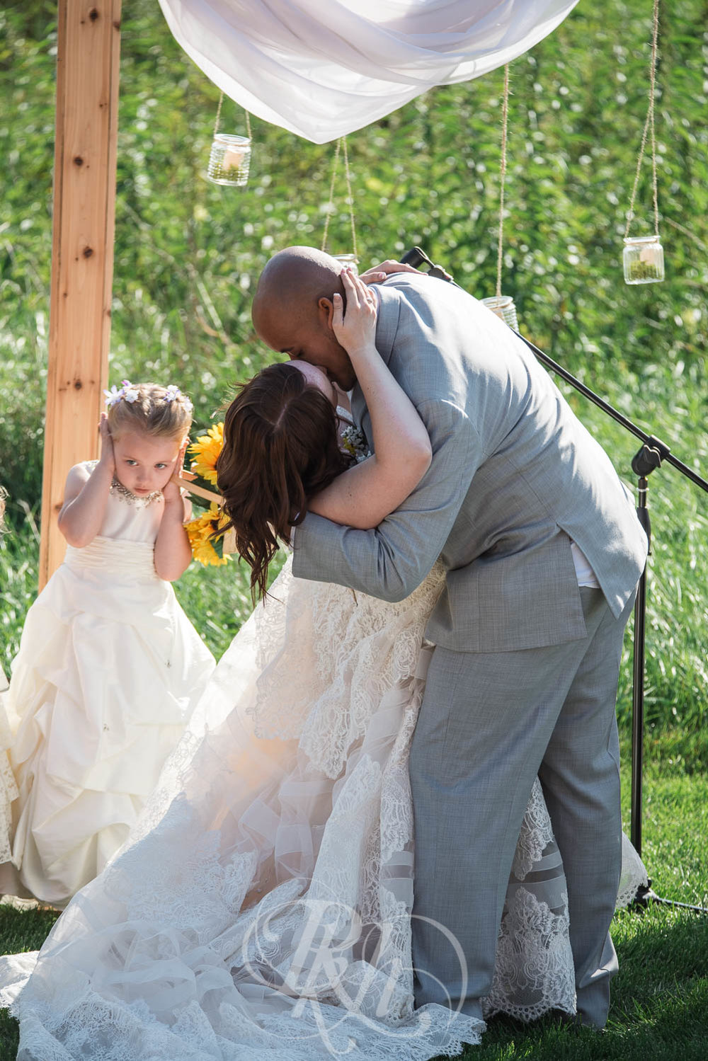 Christy & Matt - Wisconsin Wedding Photography - Birch Hill Barn - RKH Images  (30 of 47).jpg