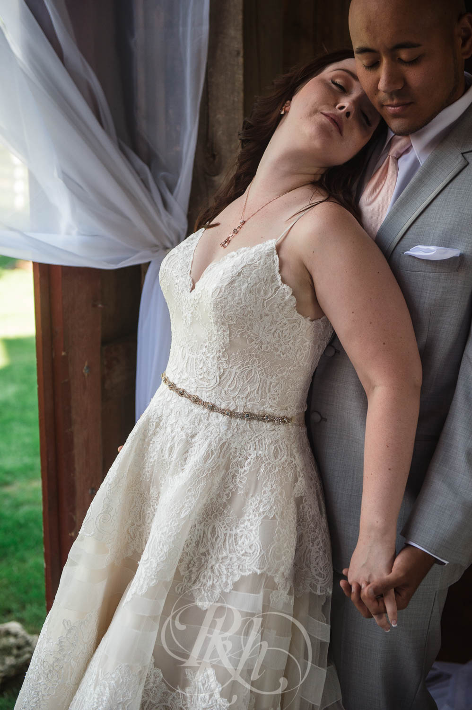 Christy & Matt - Wisconsin Wedding Photography - Birch Hill Barn - RKH Images  (36 of 47).jpg