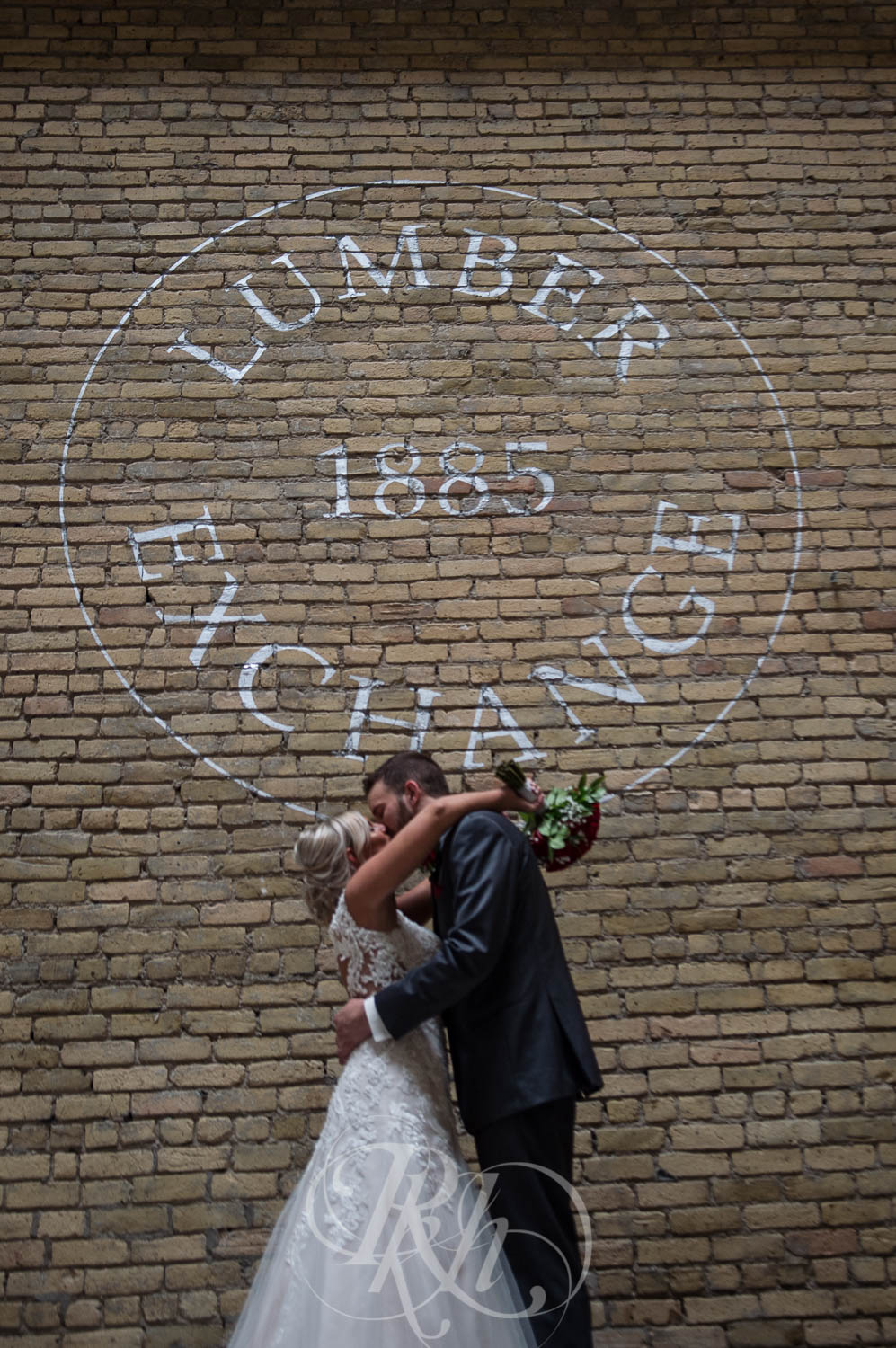 Katie & Jeff - Minnesota Wedding Photography - Lumber Exchange Building - RKH Images - Blog  (18 of 49).jpg
