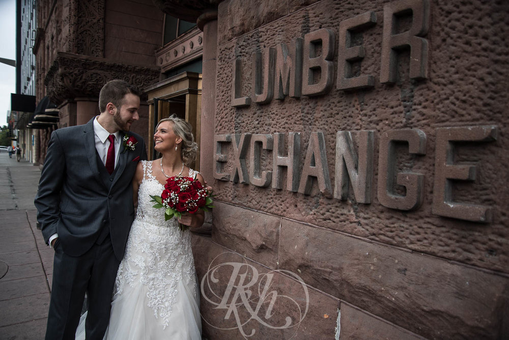 Katie & Jeff - Minnesota Wedding Photography - Lumber Exchange Building - RKH Images - Blog  (24 of 49).jpg