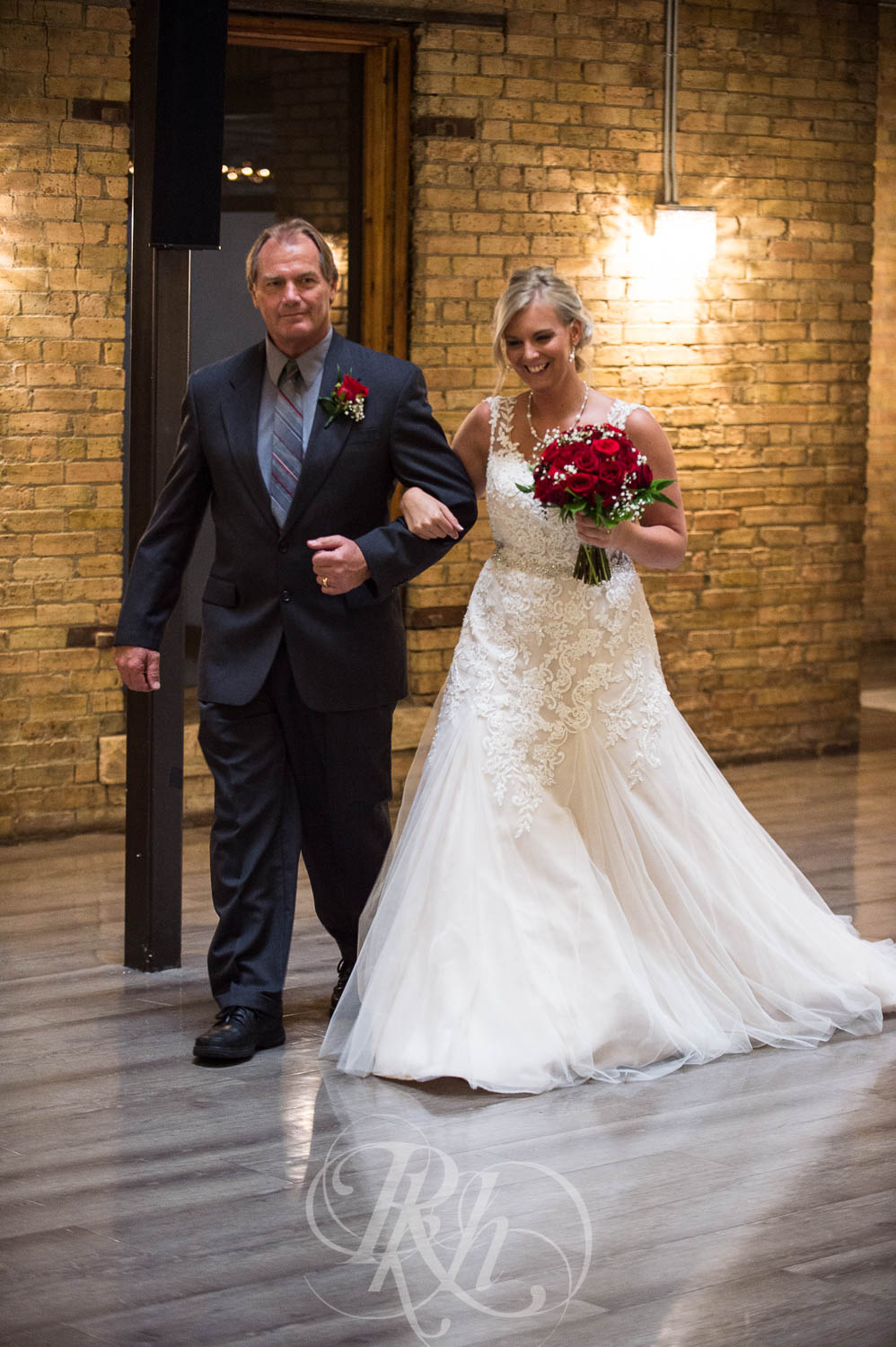 Katie & Jeff - Minnesota Wedding Photography - Lumber Exchange Building - RKH Images - Blog  (33 of 49).jpg