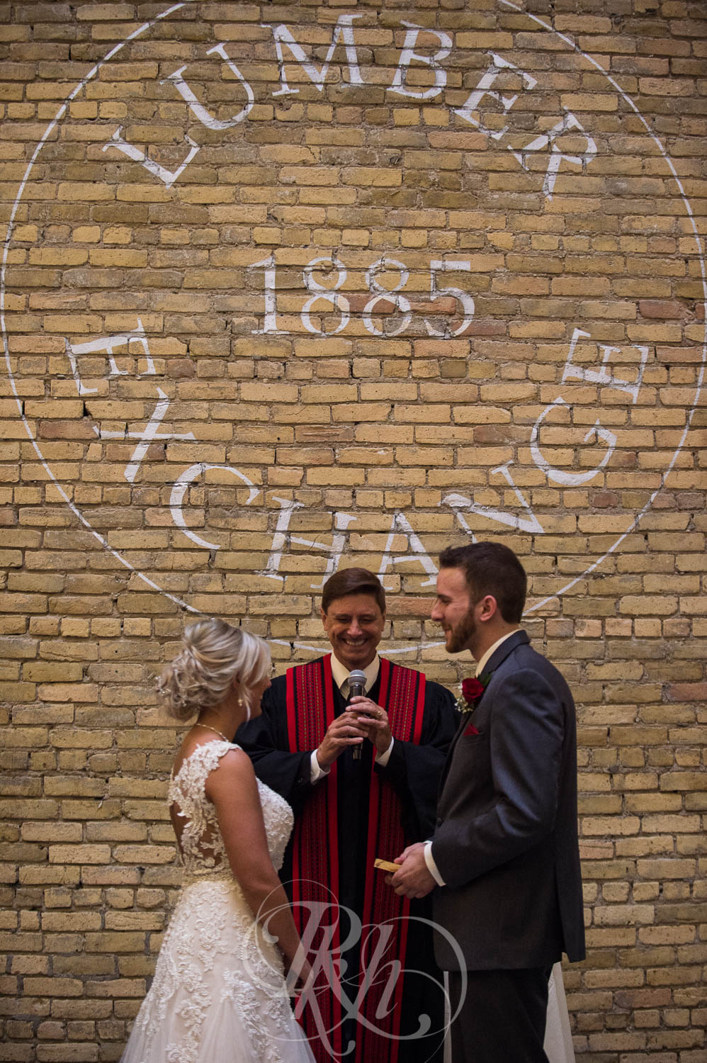 Katie & Jeff - Minnesota Wedding Photography - Lumber Exchange Building - RKH Images - Blog  (35 of 49).jpg
