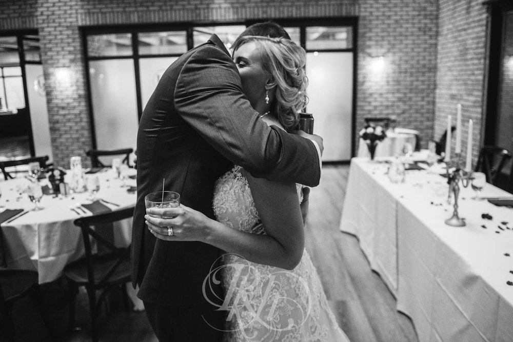 Katie & Jeff - Minnesota Wedding Photography - Lumber Exchange Building - RKH Images - Blog  (37 of 49).jpg
