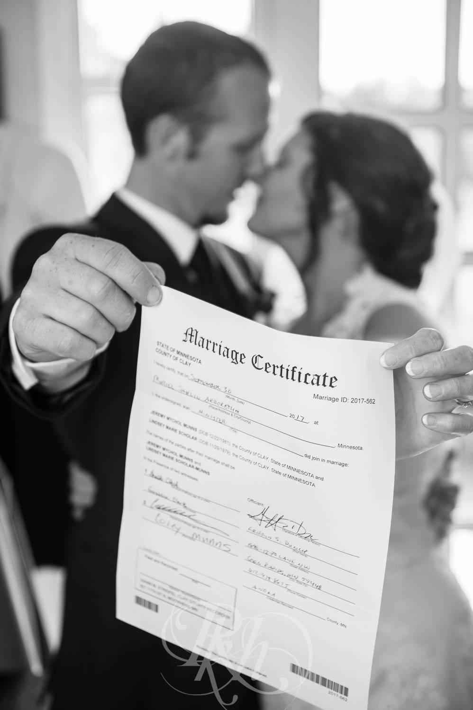 Lindsey & Jeremy - Minnesota Wedding Photography - RKH Images - Blog (18 of 52).jpg