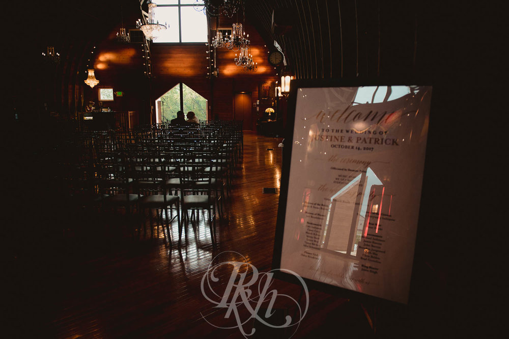 Justine & Patrick - Minnesota Wedding Photography - Green Acres Event Center - RKH Images - Blog  (30 of 41).jpg