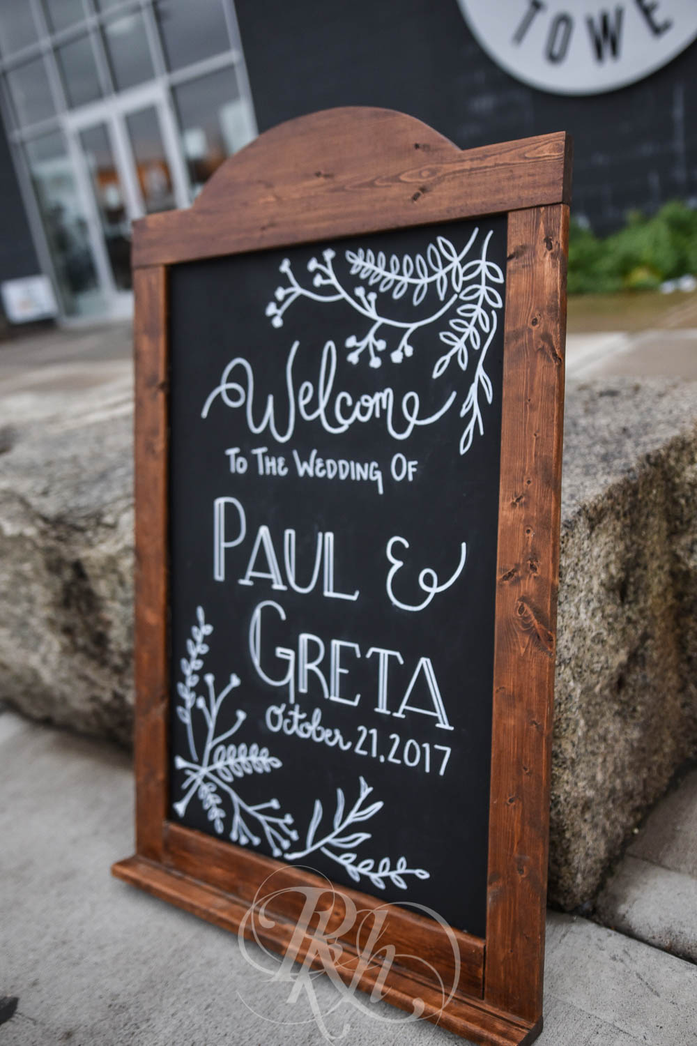 Greta & Paul - Minnesota Wedding Photography - Paikka - RKH Images - Blog (19 of 48).jpg