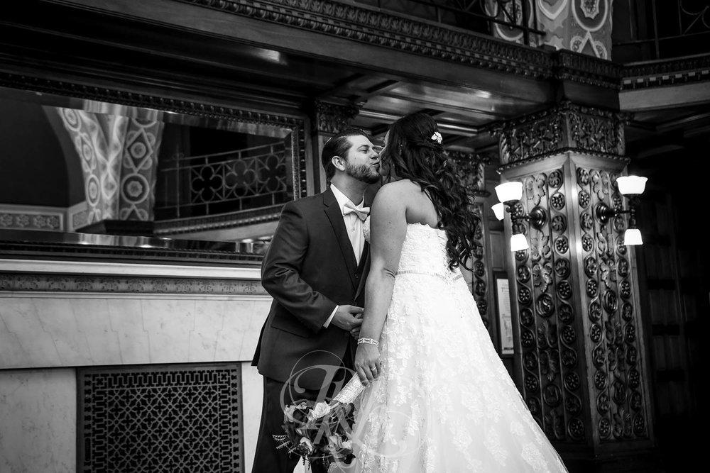 Elizabeth & David - Minnesota Wedding Photography - Landmark Center - RKH Images - Blog  (24 of 52).jpg