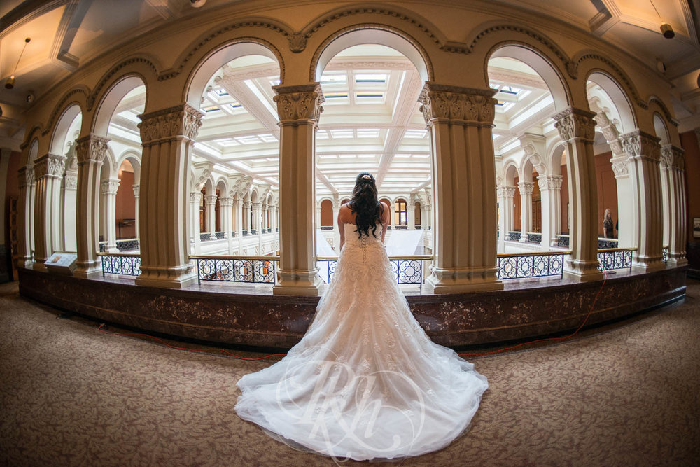 Elizabeth & David - Minnesota Wedding Photography - Landmark Center - RKH Images - Blog  (32 of 52).jpg