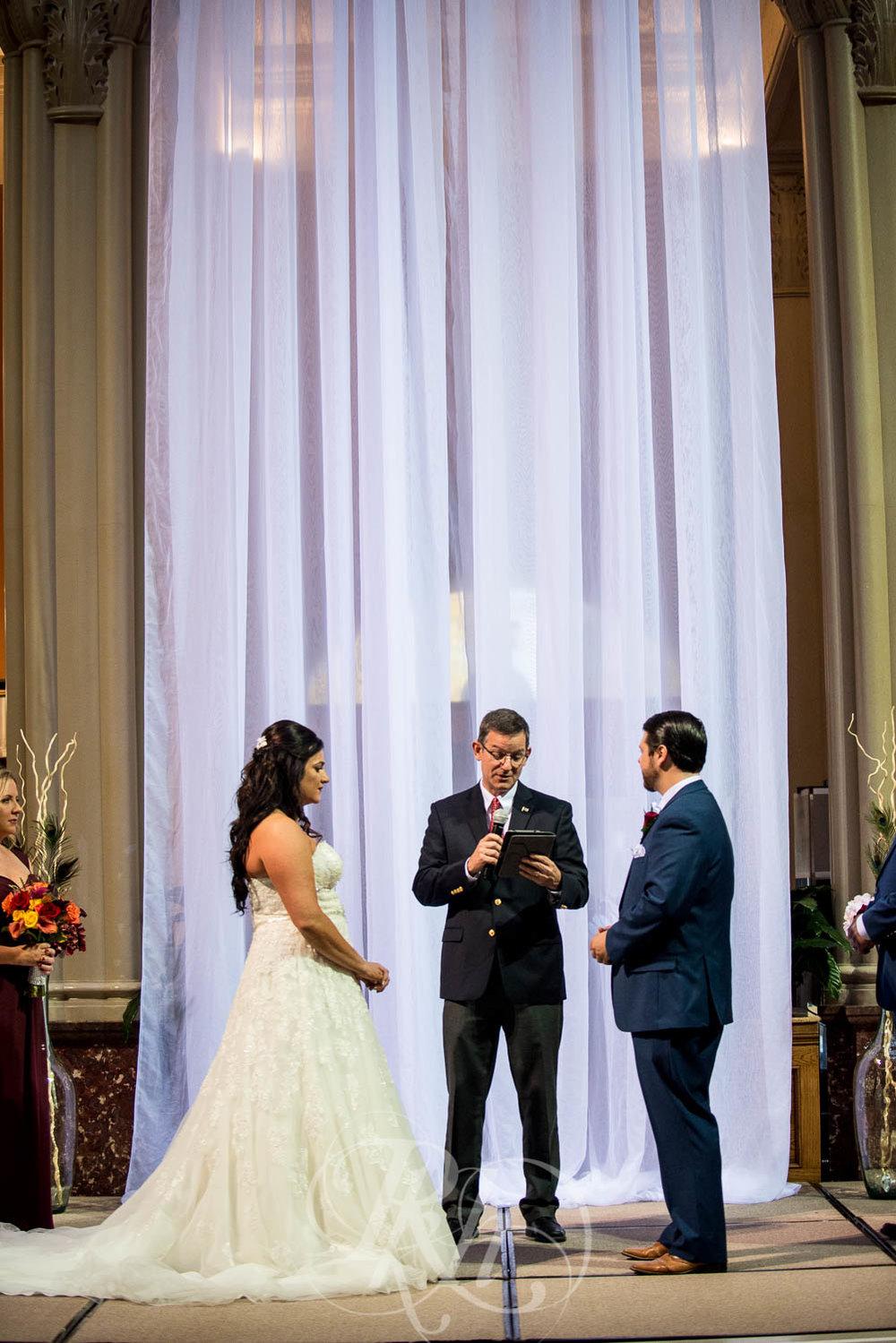 Elizabeth & David - Minnesota Wedding Photography - Landmark Center - RKH Images - Blog  (34 of 52).jpg
