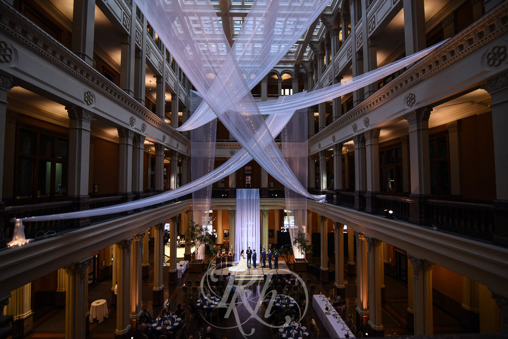 Elizabeth & David - Minnesota Wedding Photography - Landmark Center - RKH Images - Blog  (35 of 52).jpg