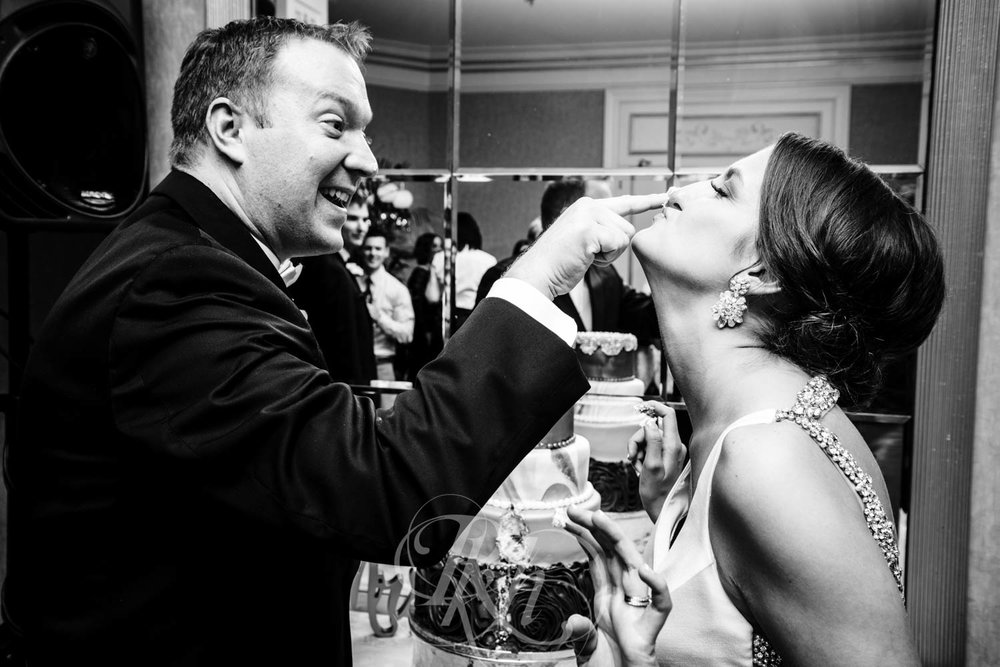 Jackie & Brett - Minnesota Wedding Photography -  St. Paul Hotel - RKH Images - Blog (26 of 48).jpg