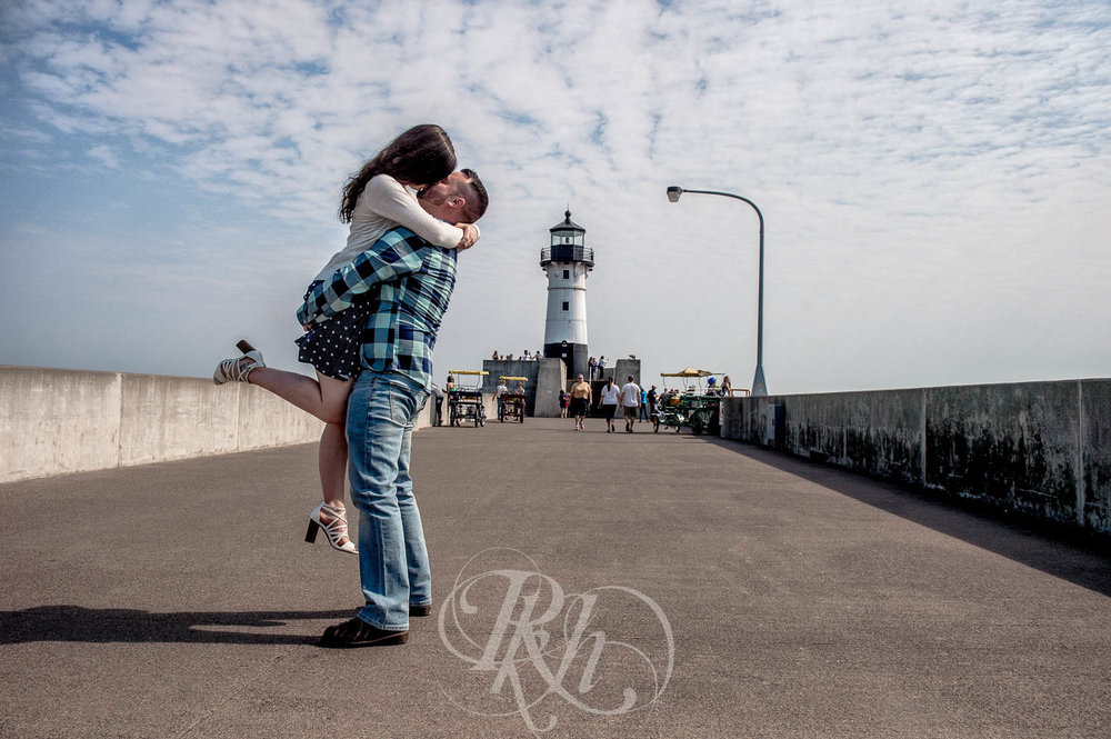 Tonya & Steve - Duluth Engagement Photography - RKH Images  (3 of 7).jpg