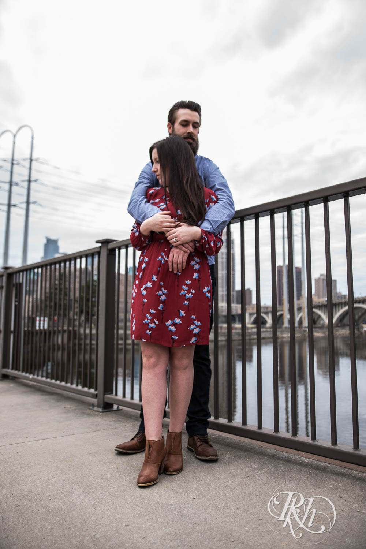Callan & John - Minnesota Engagement Photography - RKH Images  (5 of 7).jpg